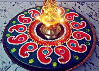 rangoli-designs-with-stones-326x235