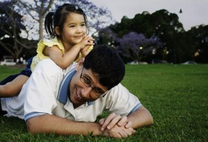 Love-Relationship-Between-Father-And-Daughter1