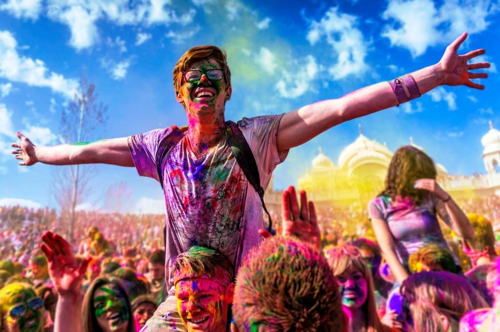 Holi-Festival-Celebrations-party-theme-Wallpaper-1